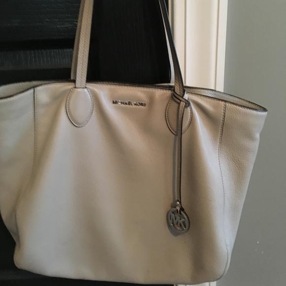 47c708c16f0a Michael Kors Bags | Ani Large Gray Soft Leather Tote | Poshmark